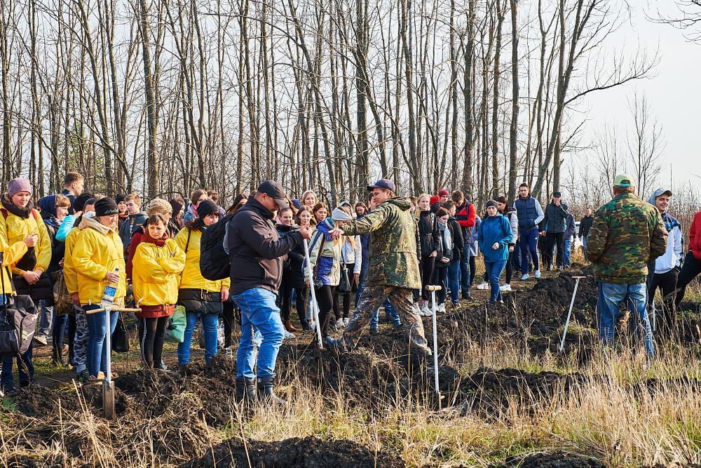 Православная молодежь приняла участие в акции «Посади лес» на территории Ахунско — Ленинского лесничества