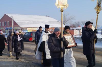 В Бессоновке прошел крестный ход против абортов