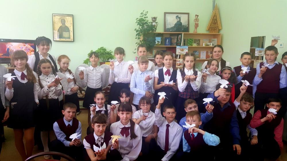 Воспитанники воскресной школы встретились с учащимися школы № 19 города Пензы в городской библиотеке