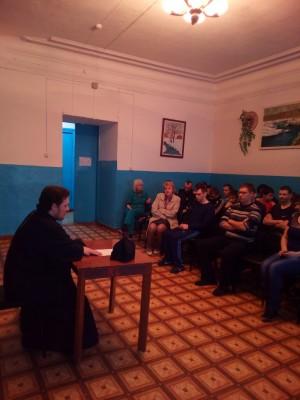 В Мокшане в рамках православного лектория состоялась встреча со священником Александром Черных