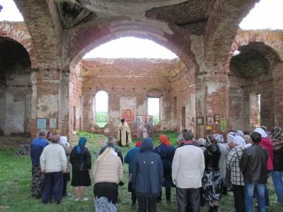 В Никольском храме села Вязовка отметили престольный праздник