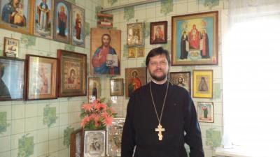 Священник встретился с подопечными в Доме ночного пребывания