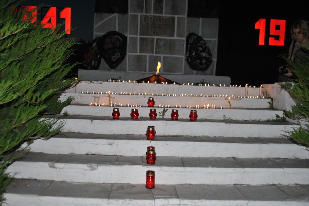 Акция «Свеча памяти» в Каменском благочинии