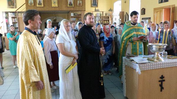 В Никольском храме г. Пензы совершили водосвятный молебен с акафистом «Божией Матери»
