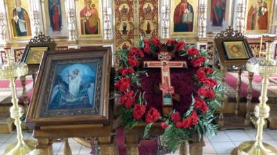 Празднование происхождения (изнесения) Честных Древ Животворящего Креста Господня в Никольском храме в Терновке