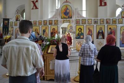 Празднование происхождения (изнесения) Честных Древ Животворящего Креста Господня в Петропавловском храме Пензы