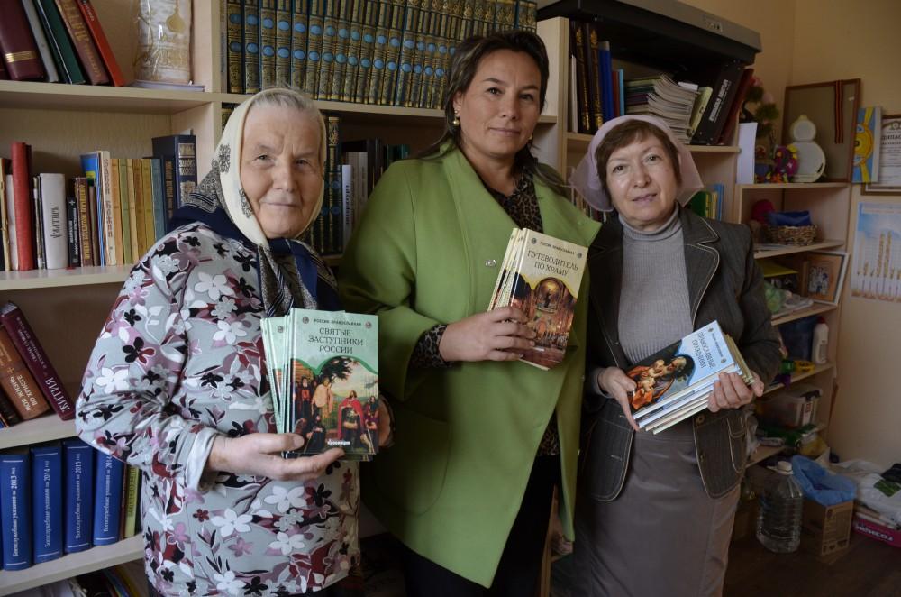 Пополнились фонды библиотеки при храме Серафима Саровского в Пензе