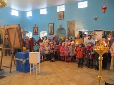 В Городище воспитанники детского сада пришли на Божественную литургию