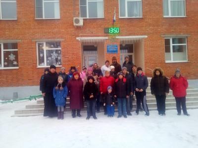 Воспитанники воскресной школы с. Елизаветино посетили детский дом-интернат в поселке Мокшан