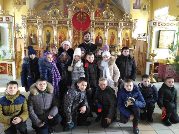 Клирик Никольского храма Пензы встретился с учащимися средней школы № 60