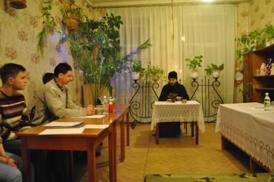 Благочинный Каменского округа встретился с руководителями молодежных движений г. Каменки