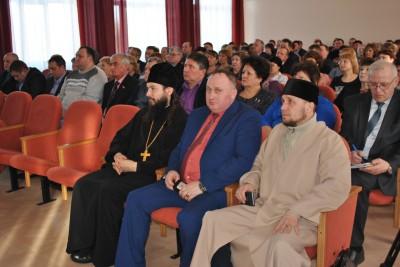 Благочинный Каменского округа принял участие в рабочей встрече с депутатом Госдумы