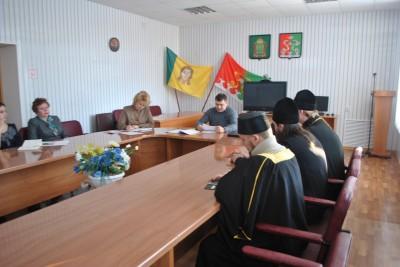 Благочинный Каменского округа принял участие в заседании антинаркотической комиссии