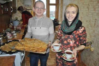 В воскресной школе при Димитриевском храме Каменки прошли масленичные гуляния