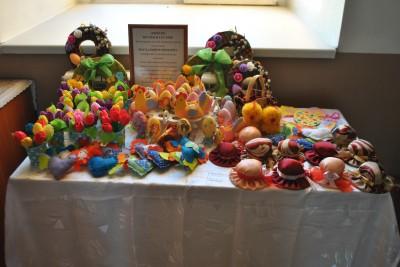 В Димитриевском храме г. Каменки открылась благотворительная Пасхальная ярмарка