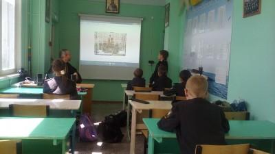 Священник встретился с учащимися кадетского класса в селе Чемодановка