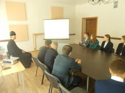 Благочинный Бессоновского округа принял участие в круглом столе ко дню памяти святых равноапостольных Мефодия и Кирилла