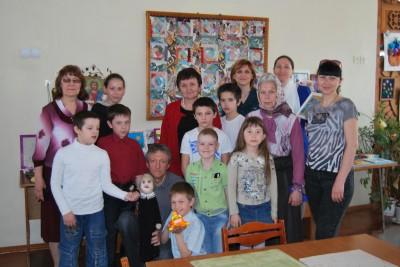 В социальном приюте на станции Чаадаевка состоялся кукольный спектакль
