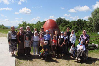 Воспитанники воскресной школы «Зерно веры» посетили Казанскую Алексиево-Сергиевскую пустынь