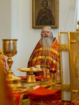 Сорок лет служения в священном сане отмечает протоиерей Виктор Правосудов