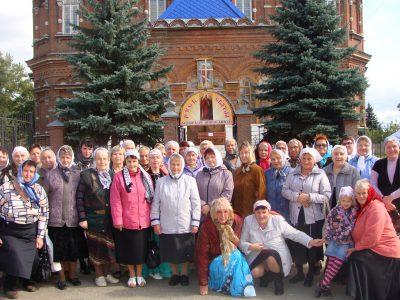 Прихожане храма в честь преподобного Серафима Саровского продолжают знакомиться со святыми местами Пензенской области