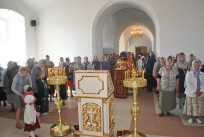 В Димитриевском храме города Каменки отметили день памяти Усекновения главы Пророка, Предтечи и Крестителя Господня Иоанна