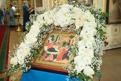 В праздник Рождества Пресвятой Богородицы митрополит Серафим совершил Литургию в Покровском архиерейском соборе г. Пензы