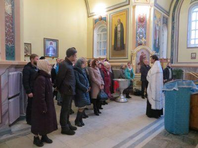 В Успенском кафедральном соборе прошли молебны о беременных и желающих создать семью