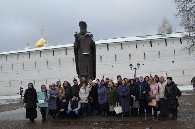 Прихожане ряда храмов 2-го благочиннического округа Пензенского района и г. Пензы совершили паломническую поездку по святыням Московской области