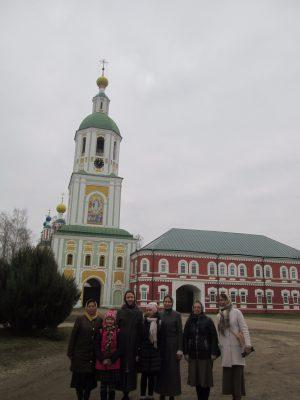 Пензенские паломники посетили Рождество-Богородичный Санаксарский мужской монастырь
