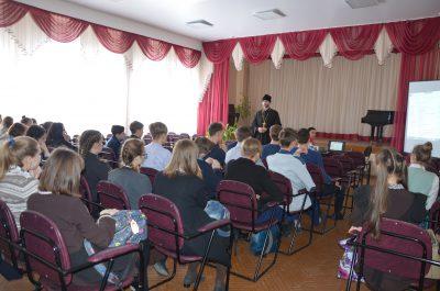 В Бессоновском благочинии прошли мероприятия, посвященные празднованию Сретения Господня и Дня православной молодежи