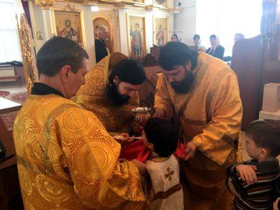 В Прощеное воскресенье благочинный Каменского округа совершил литургию и вечерню с чином прощения в Димитриевском храме г. Каменки