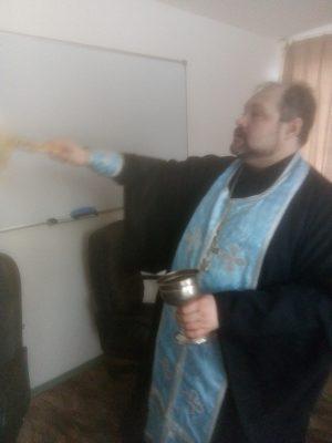 Священнослужитель посетил наркологический диспансер в селе Русский Ишим