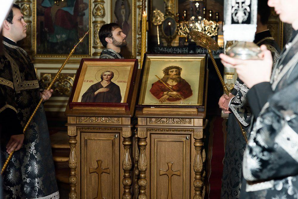 Митрополит Серафим совершил утреню с чтением Великого канона преподобного Андрея Критского в Успенском кафедральном соборе