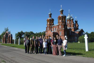 Автопробег-экскурсия по храмам и усадьбам Колышлейского района