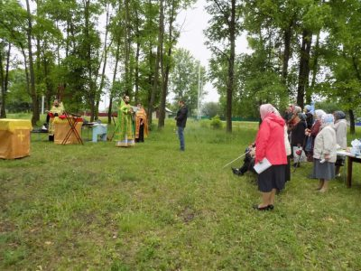 В селе Степановка Бессоновского района состоялась миссионерская Литургия с пояснениями священнодействий и молитвословий