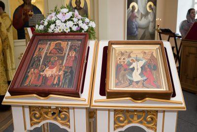 В канун Недели 7-й по Пятидесятнице митрополит Серафим совершил всенощное бдение в Воскресенском храме при епархиальном управлении