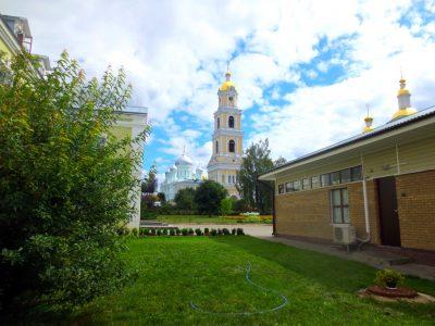 Каменские паломники посетили Дивеево