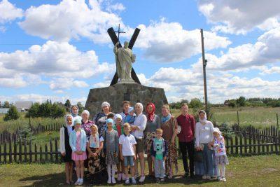 Воскресная школа при Димитриевском храме города Каменки посетила Казанскую Алексиево-Сергиевскую пустынь