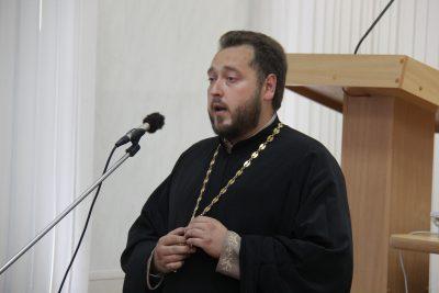 Священнослужитель благословил новых сотрудников УФСИН на несение службы