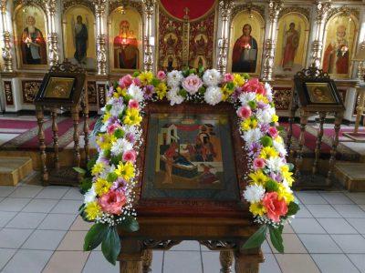 В канун Рождества Пресвятой Богородицы в Никольском храме в Терновке совершили всенощное бдение