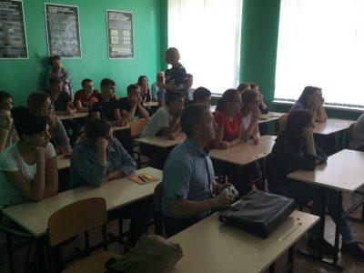 В Технологическом институте г. Каменки прошла беседа со студентами о здоровом образе жизни