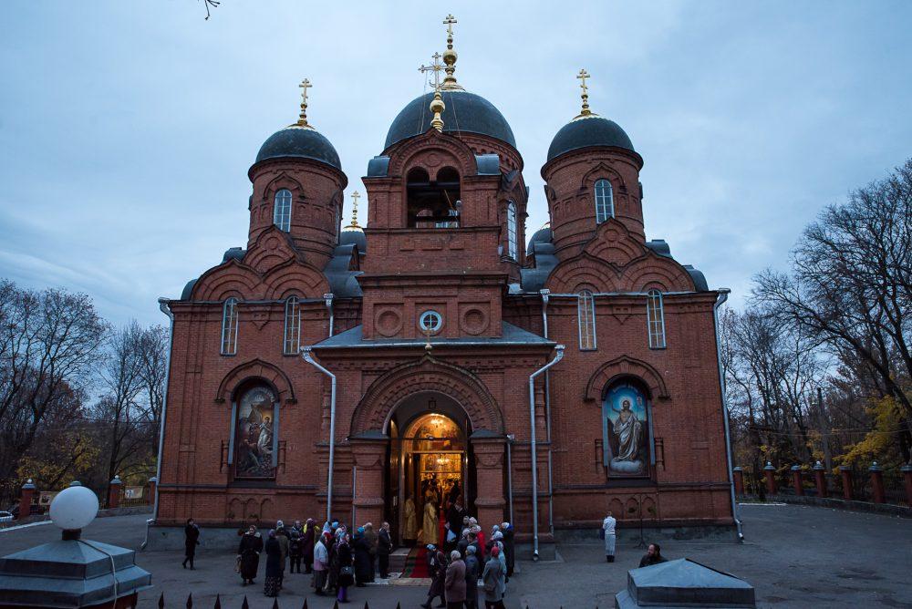 В канун дня памяти святителя Иннокентия Пензенского митрополит Серафим и архипастыри из соседних регионов совершили всенощное бдение в Успенском кафедральном соборе