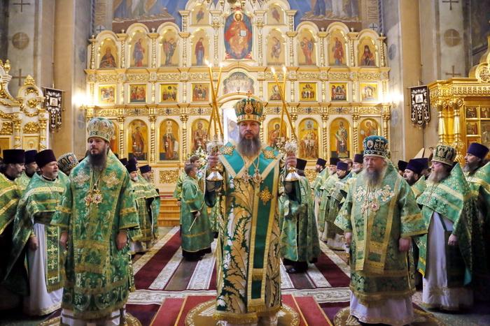 Митрополит Серафим поздравил с тезоименитством Преосвященнейшего Нестора, епископа Кузнецкого и Никольского