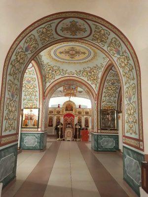 В Димитриевском храме Каменки закончились работы по росписи центрального нефа