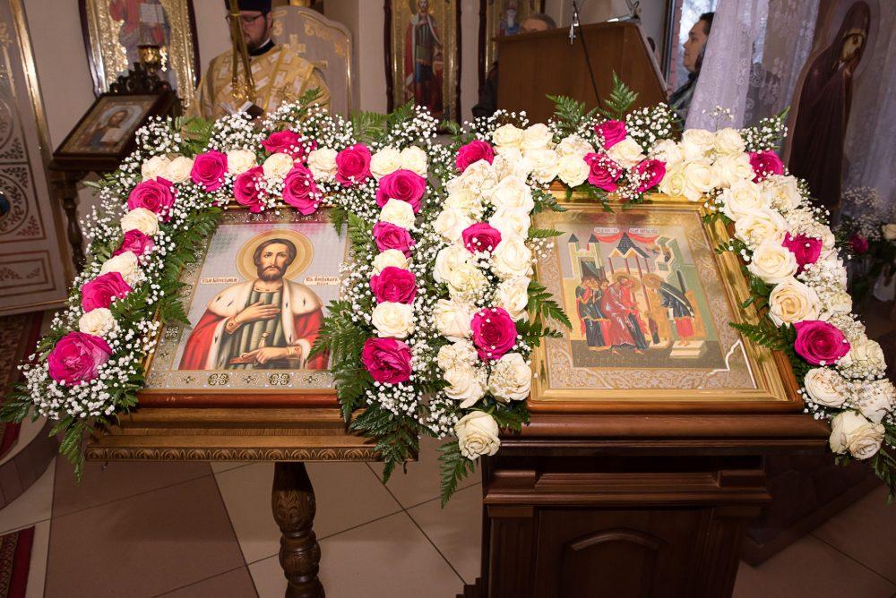 В престольный праздник митрополит Серафим совершил Литургию в храме благоверного князя Александра Невского в городе Каменка