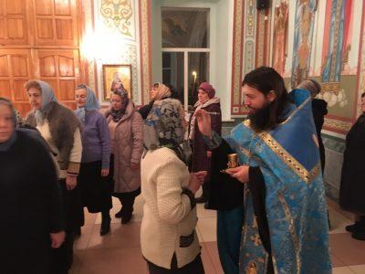 Всенощное бдение в канун престольного праздника в Димитриевском храме Каменки