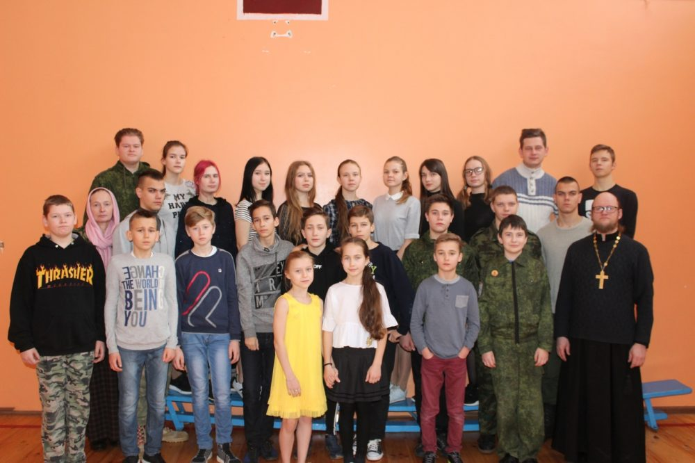 Воспитанники воскресных школ приняли участие в работе православного лагеря «Накануне Рождества»