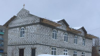 В микрорайоне Север открылся храм во имя трех святителей