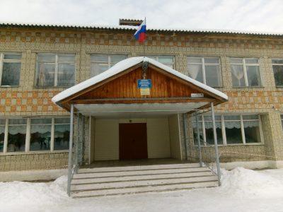 Священнослужители Городищенского благочиния посетили школу р.п. Чаадаевка